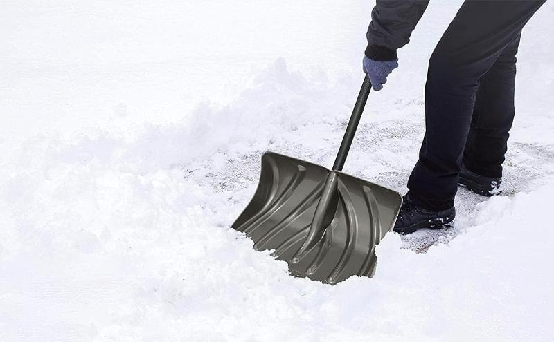 Огляд лопат для чищення снігу 2