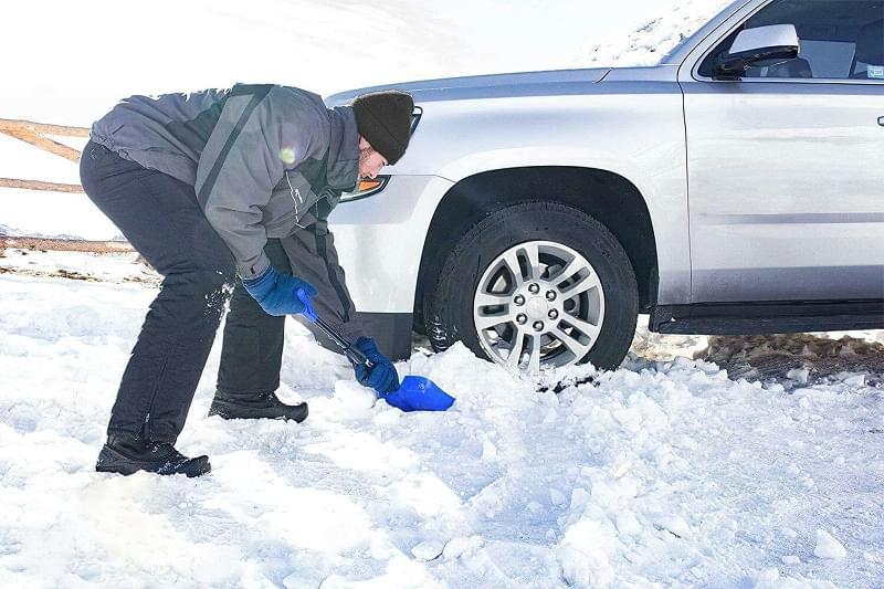 Огляд лопат для чищення снігу 1