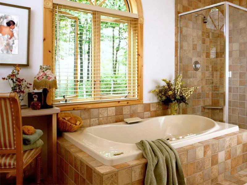 Якщо у ванній кімнаті вікно — варіанти оформлення 2
