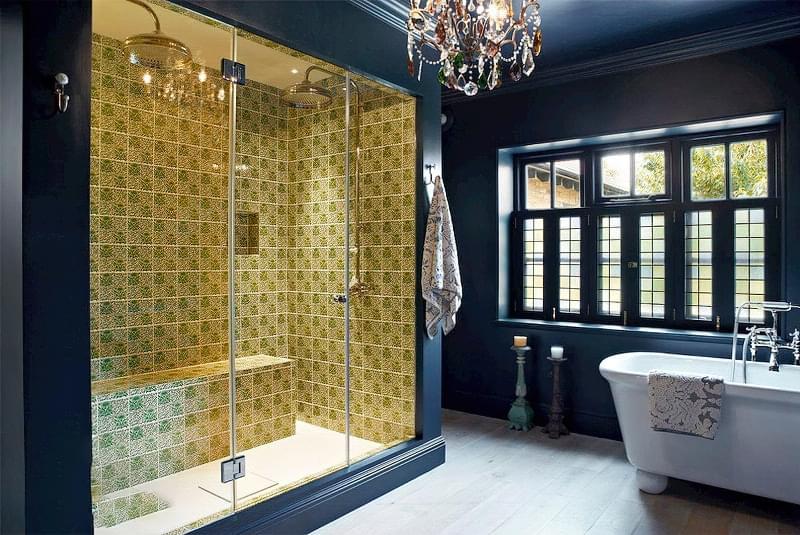 Якщо у ванній кімнаті вікно — варіанти оформлення 4