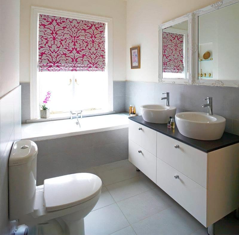 Якщо у ванній кімнаті вікно — варіанти оформлення 6