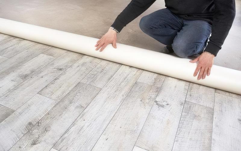 Утеплювач під лінолеум на бетонну підлогу: види і правила монтажу 3