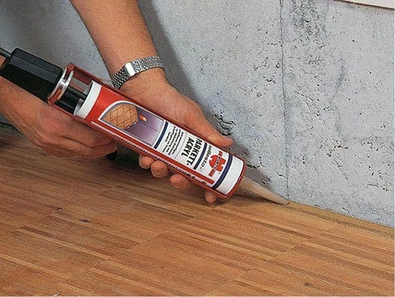 Щілини в ламінаті на підлозі: чим і як прибрати після укладання 7