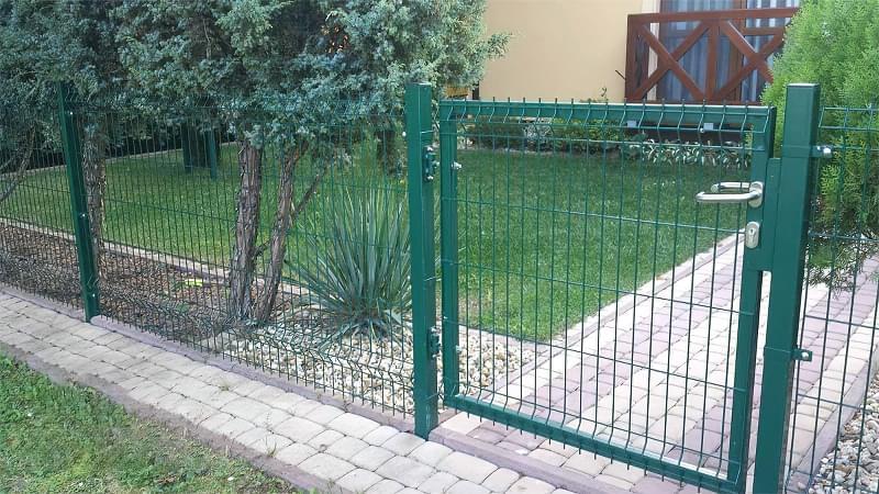 Сучасні варіанти парканів: єврожалюзі, металевий паркан, алюмінієві панелі 9