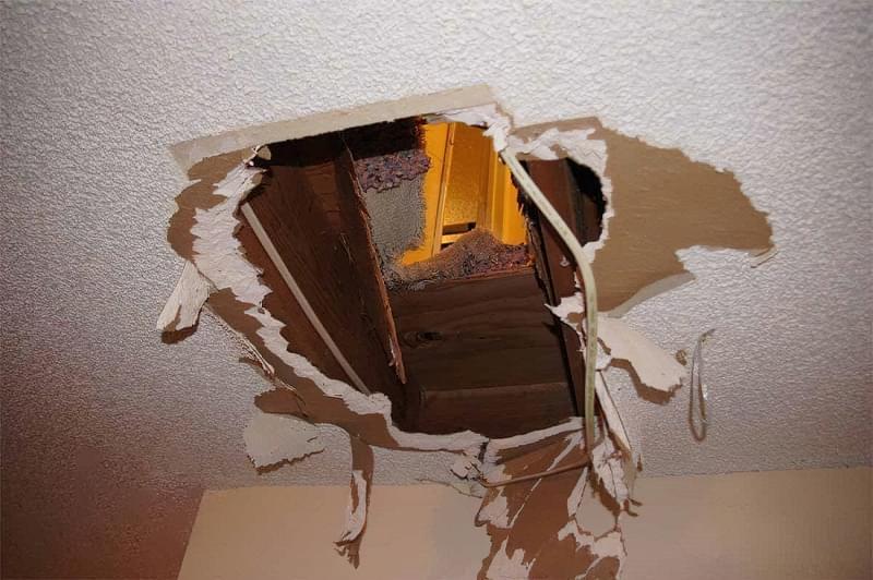 Як і чим демонтувати підвісну стелю з гіпсокартону 2