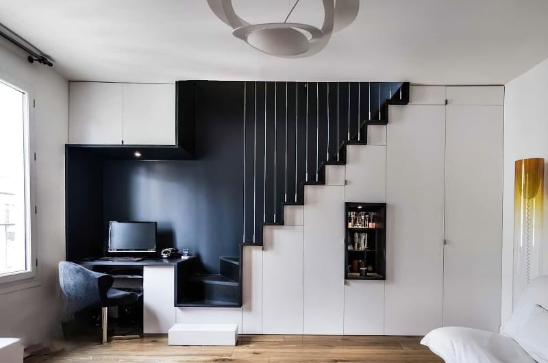 Ідеї облаштування місць зберігання під сходами 4