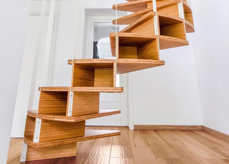 Ідеї облаштування місць зберігання під сходами 8
