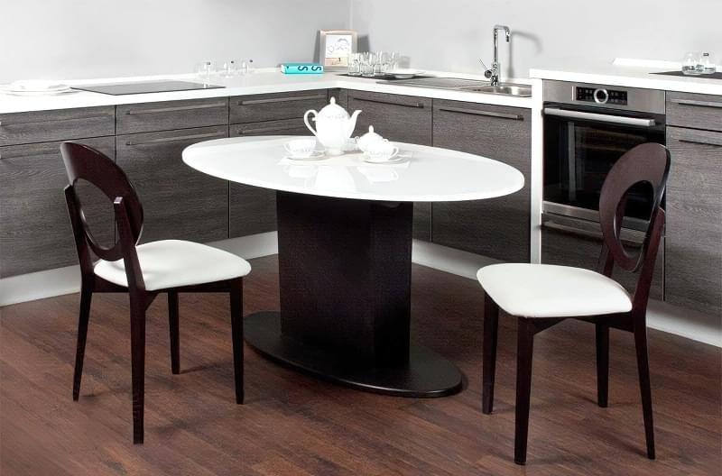 Кухонний стіл чи острів: що краще вибрати 8