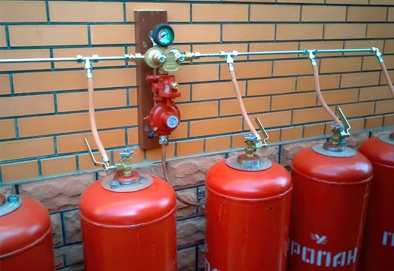 Опалення приватного будинку газовими балонами 3