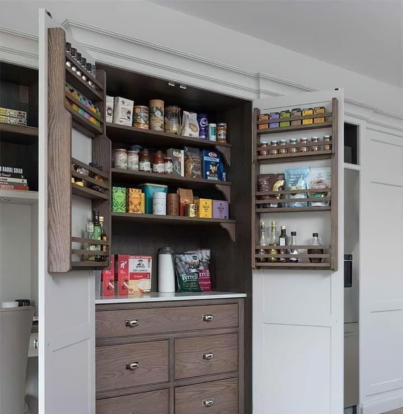 Шафа-комора на кухні: приклади, фото 2