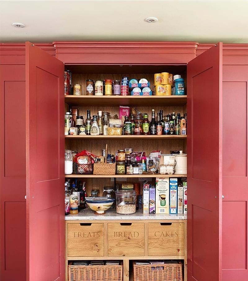 Шафа-комора на кухні: приклади, фото 3