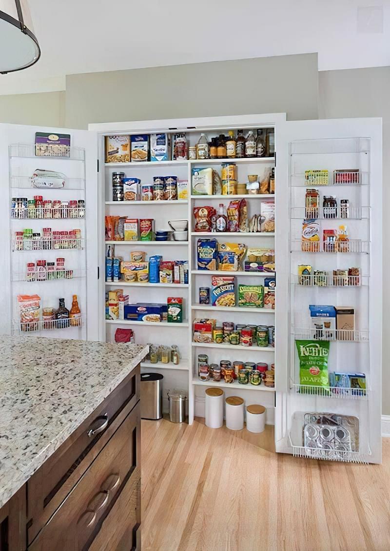 Шафа-комора на кухні: приклади, фото 4