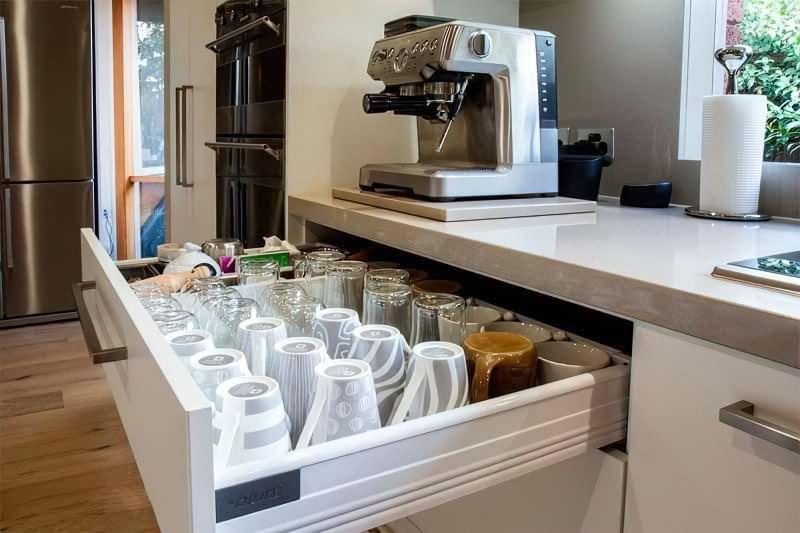 Три зони зберігання на кухні: як правильно розмістити все 3