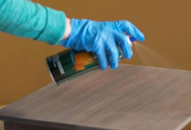 Безбарвні лаки для деревини: види і особливості застосування 5