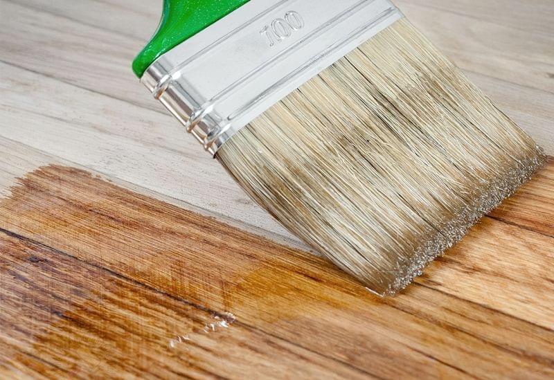 Безбарвні лаки для деревини: види і особливості застосування 1