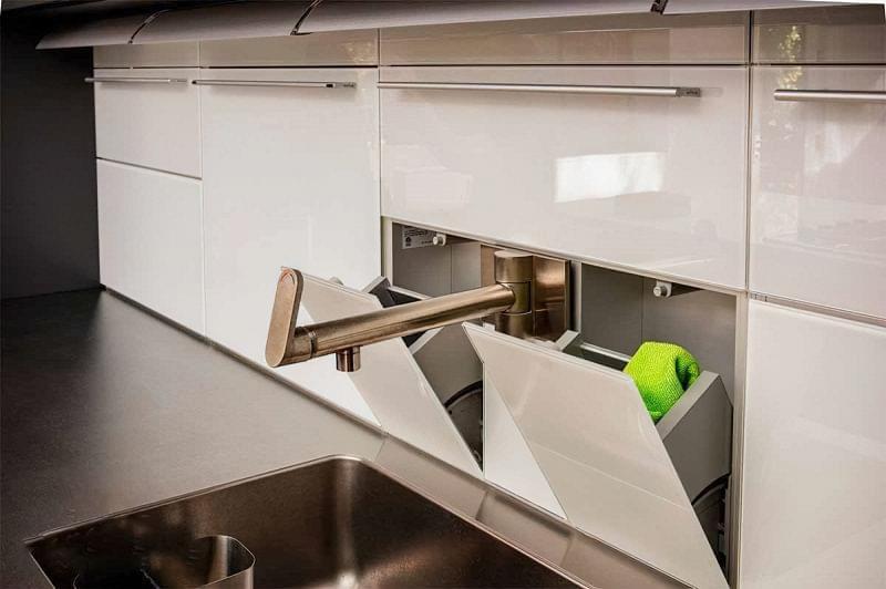 Кухонний фартух, як спосіб приховати що завгодно 3