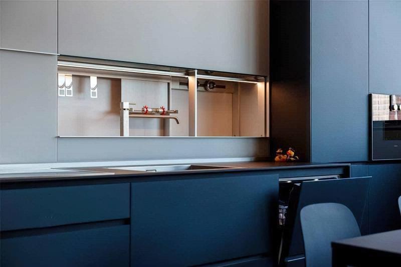 Кухонний фартух, як спосіб приховати що завгодно 6