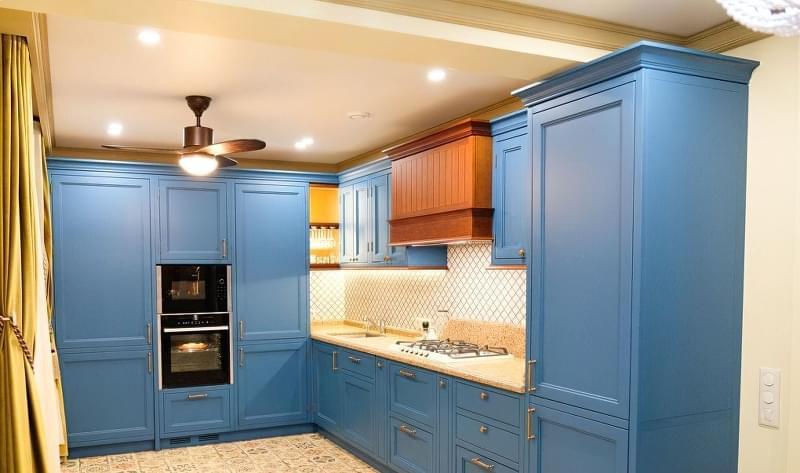 Модні відтінки кухонь 2020 1