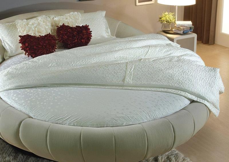 Круглі ліжка в інтер'єрі: фотопідбірка 6