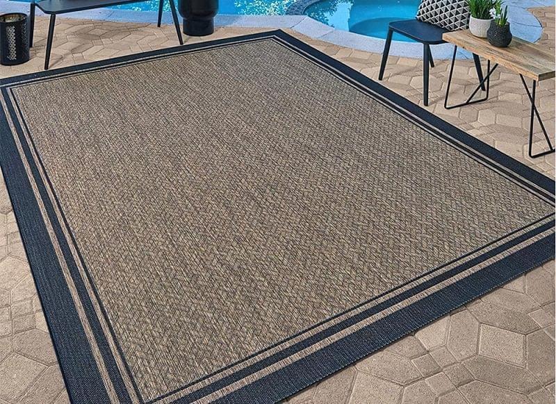 Патіо і тераси з килимом: фотопідбірка 6
