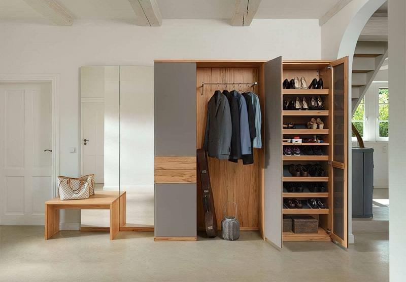 Варіанти розташування гардеробної кімнати в приватному будинку 2