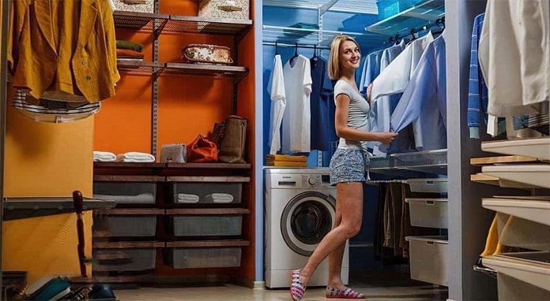 Варіанти розташування гардеробної кімнати в приватному будинку 5