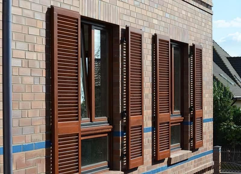 П'ять причин встановити на вікна віконниці 4