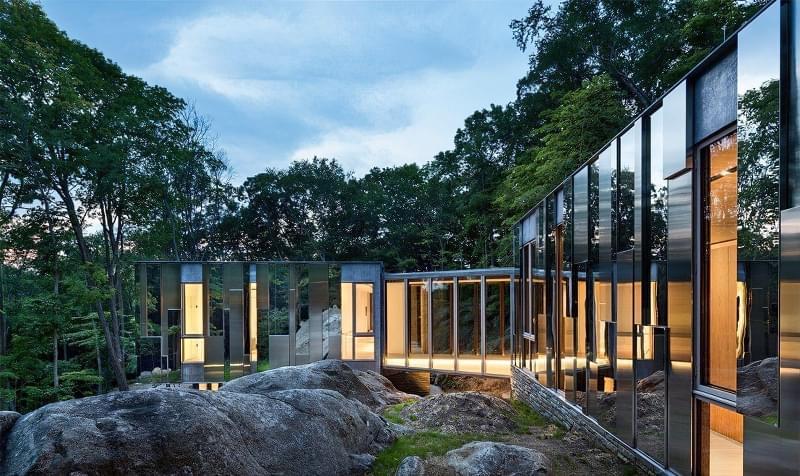 Будинки дзеркальними фасадами: фотопідбірка 7