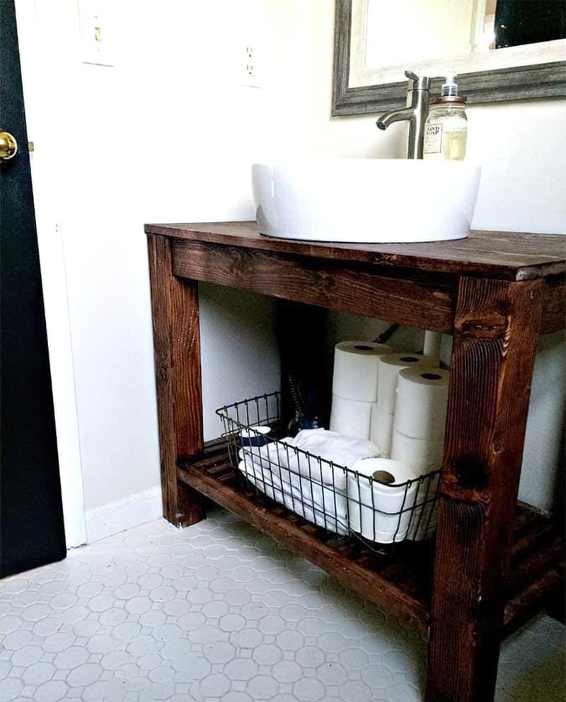 Саморобні підставки і тумби під раковину у ванній 7