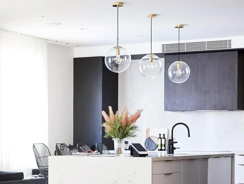 Вибираємо підвісні світильники для кухонного острова 4