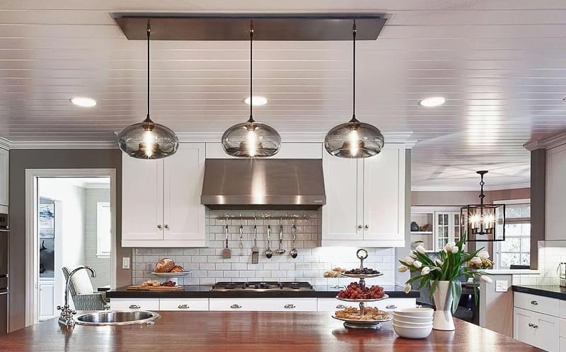Вибираємо підвісні світильники для кухонного острова 7