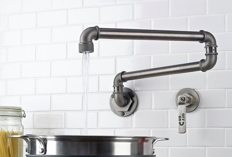 Наливні крани над плитою: користь і особливості 5