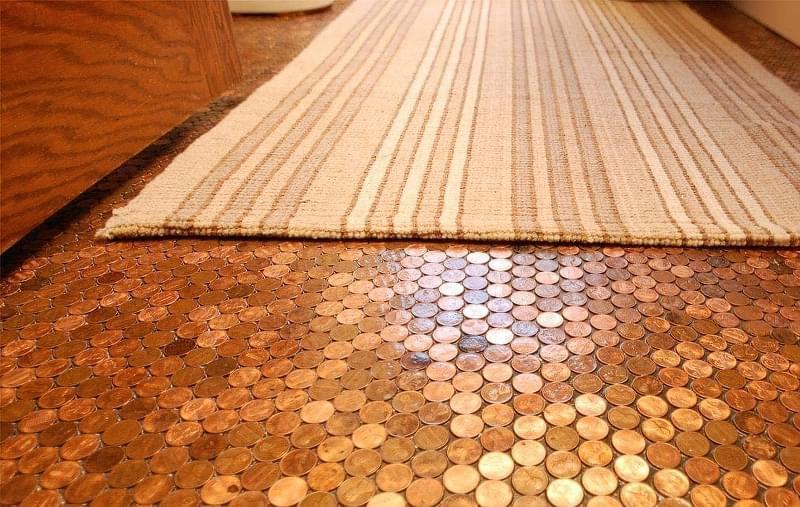 Підлога з монет і епоксидної смоли: фотопідбірка 4