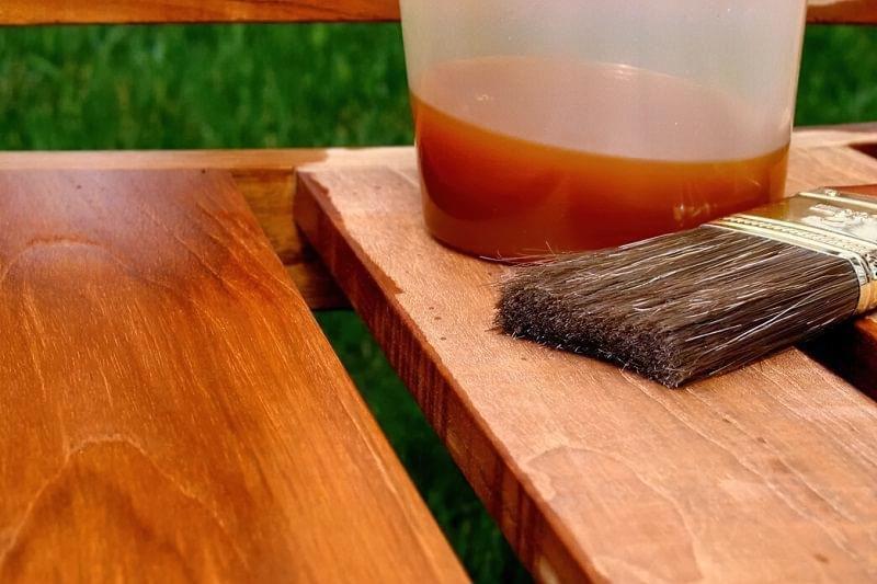 Використання оліфи для обробки деревини 1