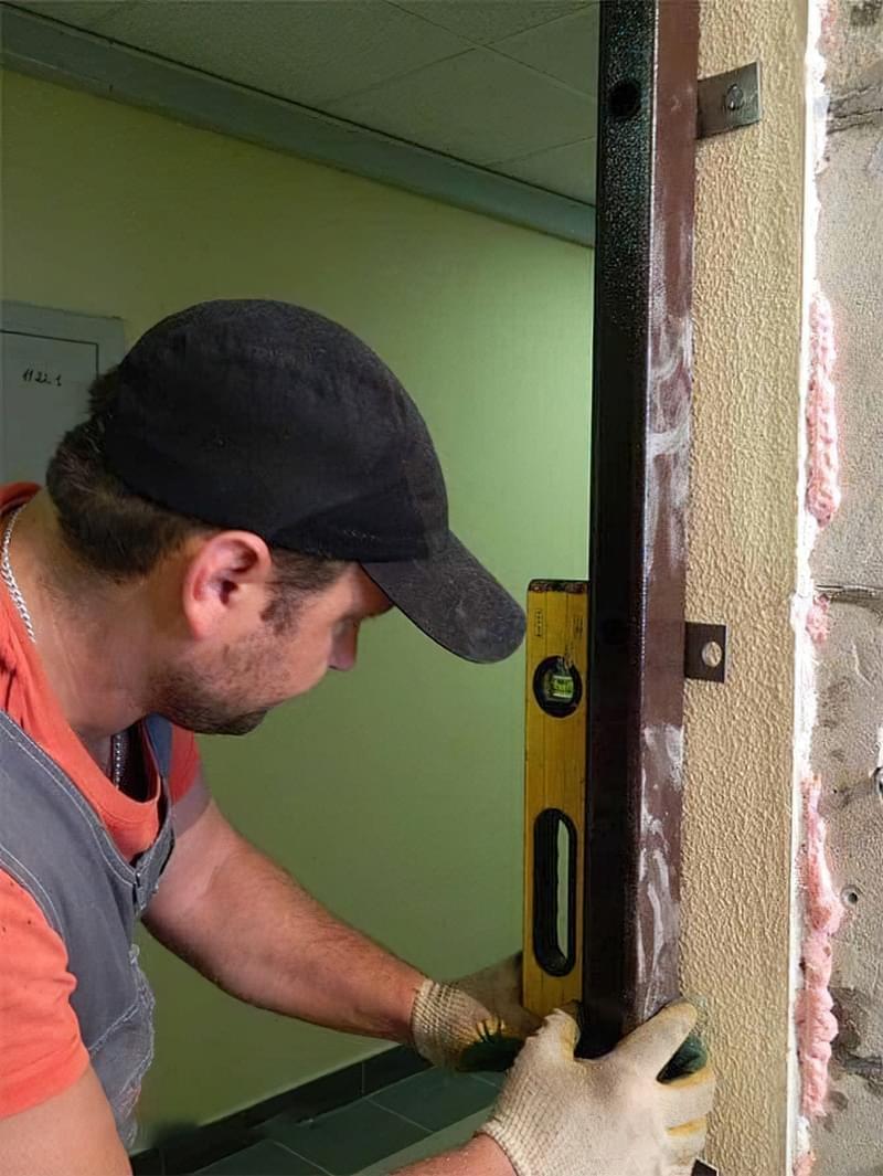 Поради по вибору вхідних металевих дверей 7