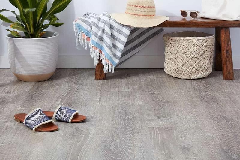 Вінілова плитка і дошка для підлоги: нюанси вибору 1