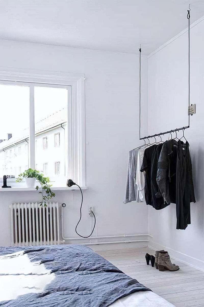 Вішалка замість шафи і гардеробної: приклади 4