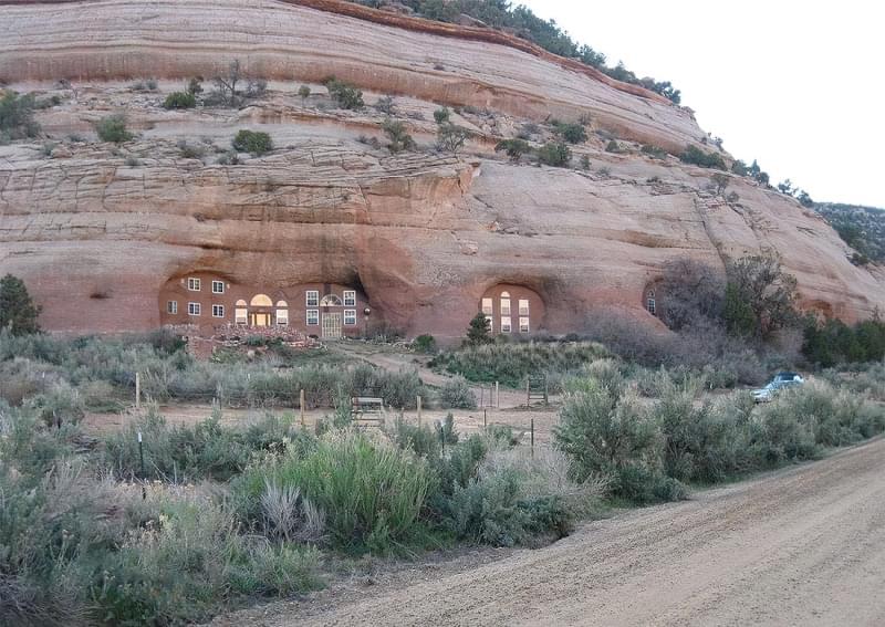 Будинки в печерах: фотопідбірка 3
