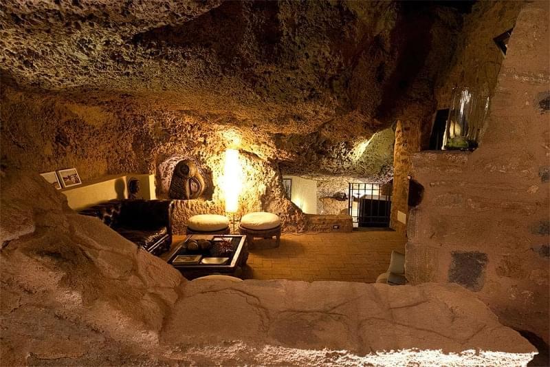 Будинки в печерах: фотопідбірка 5