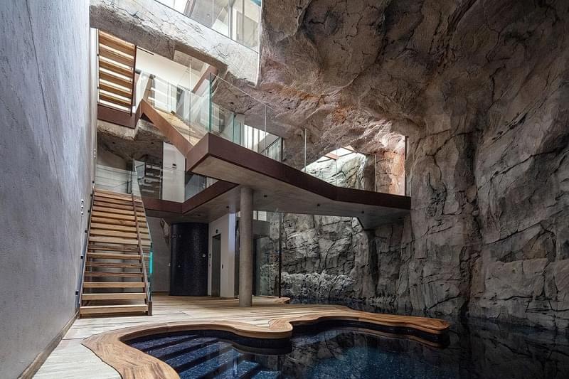 Будинки в печерах: фотопідбірка 7