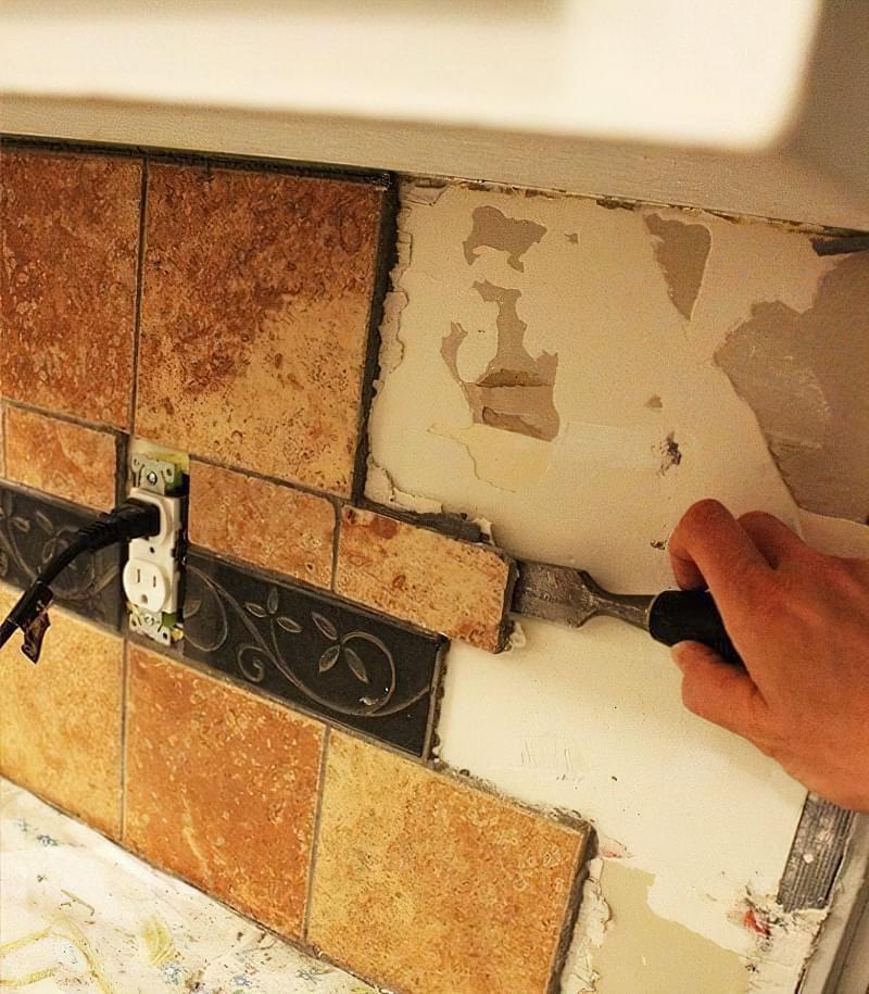 Як видалити стару плитку з кухонного фартуха 6