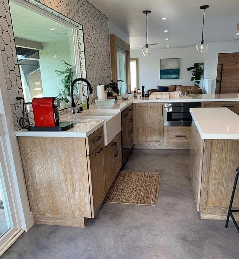 Плюси і мінуси бетонної підлоги 6