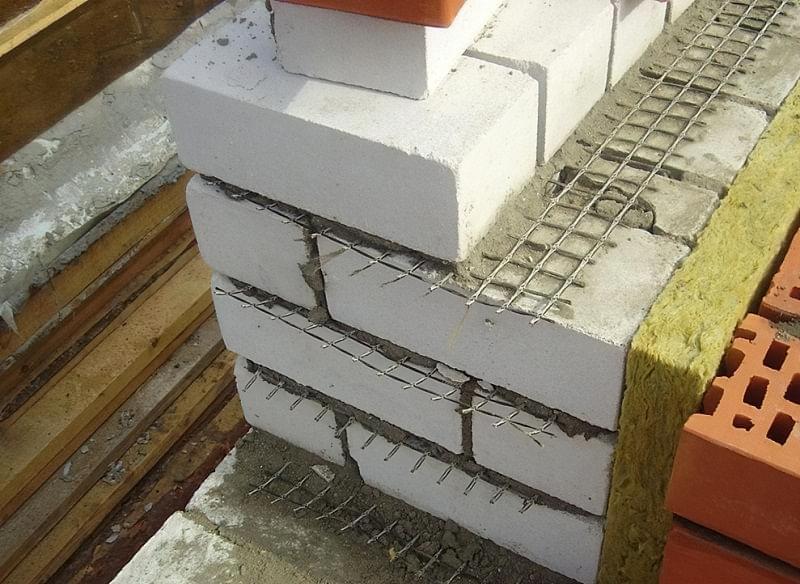 Колодязна кладка цегляних стін 3