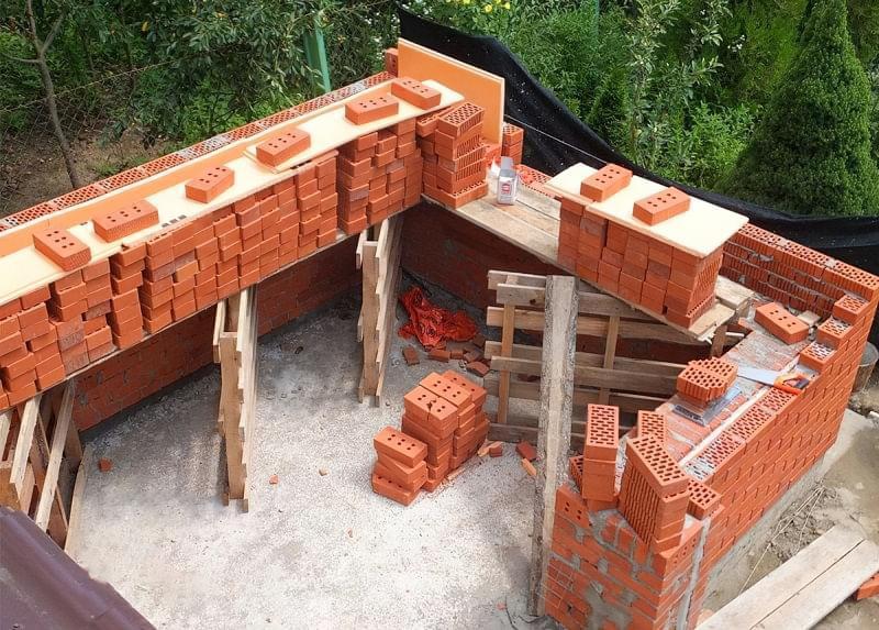 Колодязна кладка цегляних стін 7